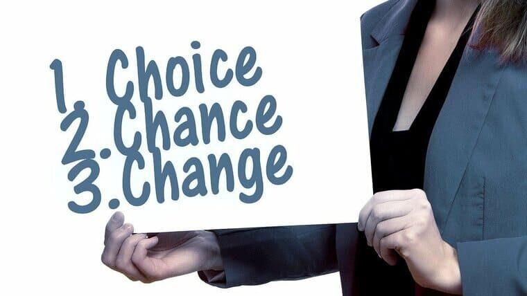 看護師転職サイトを選ぶことでチャンスを手に入れて変われることをアピールした画像