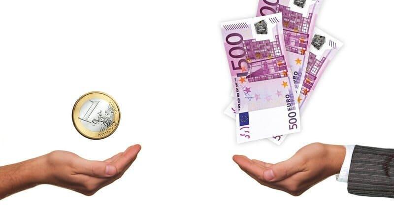 お金の差を表現した画像
